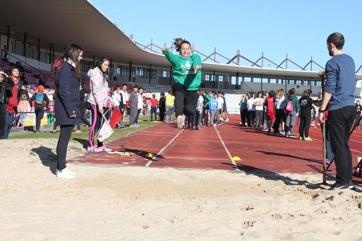 Resultado de imagem para Megas regionais de atletismo no Estádio da Marinha Grande