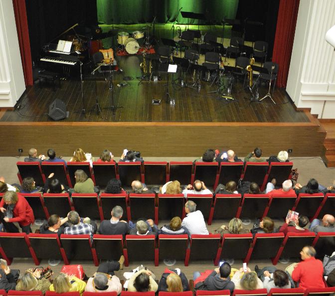 Resultado de imagem para Casa da Cultura Teatro Stephens